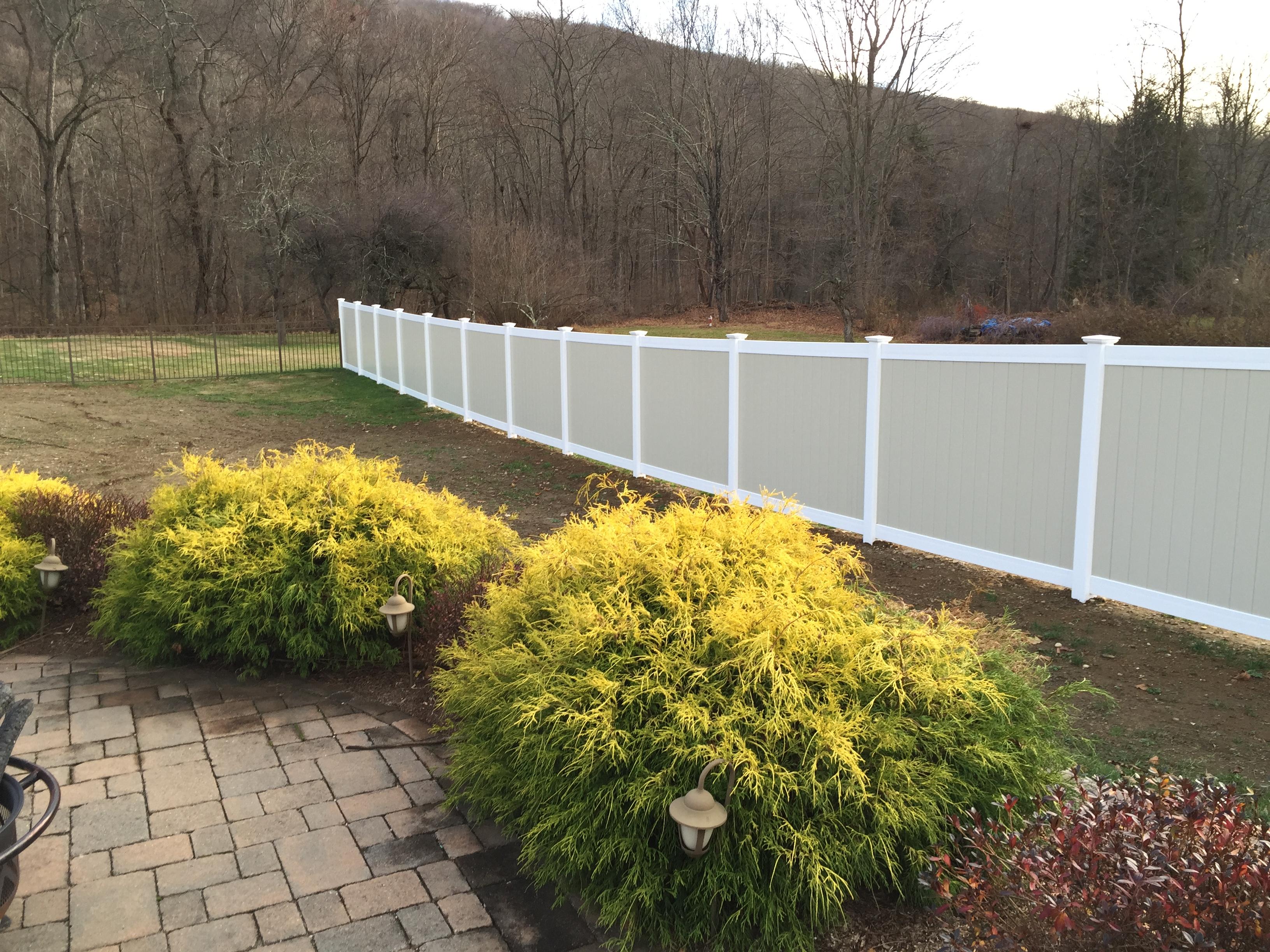 PVC Privacy Fence - Garrison